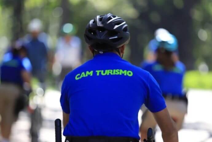 Alcaldía de San Salvador lanza CAM Turismo con agentes capacitados en inglés