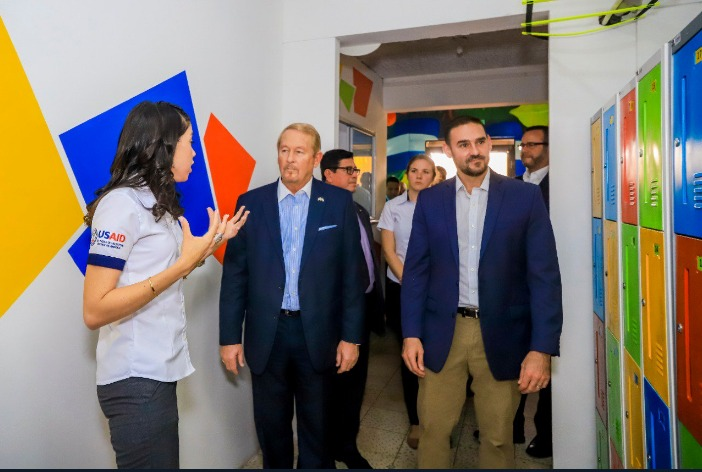 """Alcalde Neto Muyshondt inaugura """"Centro de Alcance Libertad"""""""