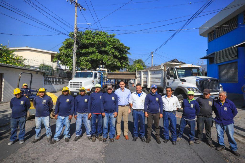 Alcalde Neto Muyshondt lanza plan de recuperación y mantenimiento vial intensivo