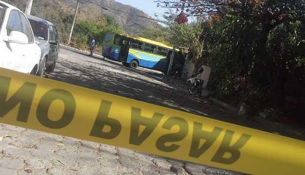 Motorista de ruta 45-AB es asesinado a balazos en Apopa