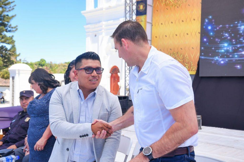 Alcalde Muyshondt firma acuerdo de colaboración y cooperación con la municipalidad de San Pedro Nonualco